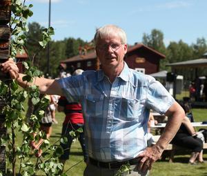 Sven-Gunnar Olsson är glad över att så många engagerar sig i hembygdsföreningen så att den kan leva vidare.