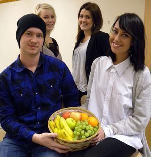 Dags att ge korgen, tycker Isak Bogg, Anna Hinders, Amanda Kry och Felicia Germundsson.