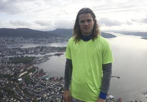 Mathias Stavis ska studera till arkitekt i fem år i Bergen.