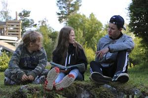 Laban Sara och Valter berättar historien