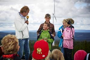 Skolbarnen i Rätan fick namnsätta vindkraftverken.
