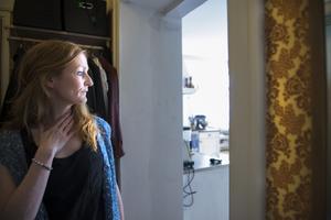 I den lilla entréhallen når man badrummet, köket och sovrummet.