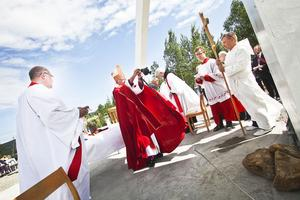 Biskop Björn Fjärstedt anser att korset var det första beskedet på att Jesus fortfarande levde.