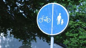 Gång- och cykelväg.