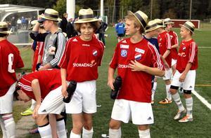 Guldhattarna kom snabbt fram efter Kvarnsvedens seger i P14 mot Falu BS.
