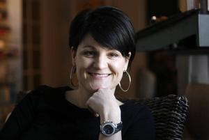 Linda Dackell, hudvårdsterapeut, svarar på frågor om hudvård och skönhet.