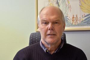 Ingen får filmas eller fotograferas inom skolans område utan att först ha blivit tillfrågad. Det säger Ulf Östholm, rektor på Höglundaskolan.