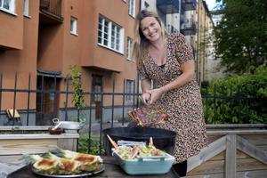 Mia Gahne bjuder på meny till grillpremiären. Foto: Jessica Gow/TT