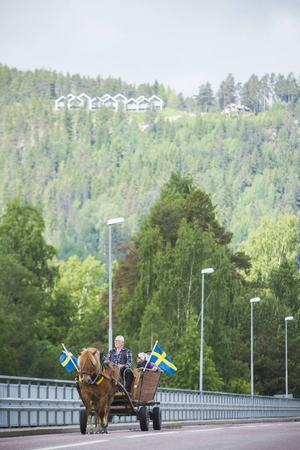 Turen gick från Björkbacka över älvbron och upp på Stenegård.