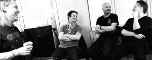 Björn Höglund, Michael Klemmé, Lars Ericsson och Mats Karlsson i studion när skivan med The Summit spelades in.