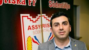Sargon Simonsson lämnar sportkommittén i Assyriska.