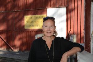 Två föreställningar av Blånagla kommer av allt att döma att följas av fler, säger konstnären Helena Byström.
