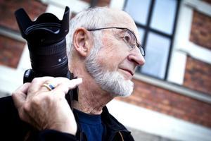 Lennart Westerlund köpte sin första spegelreflexkamera 1971, sedan dess har hans fotointresse resulterat i flertalet utmärkelser och utställningar.
