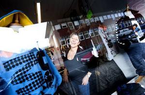 Snyggt i Sandviken. Ulla Ardesjö Hesslow har drivit Not Nakd i Sandviken i två år. Hon tar in märken som hon gillar men också sånt som folk frågar efter.