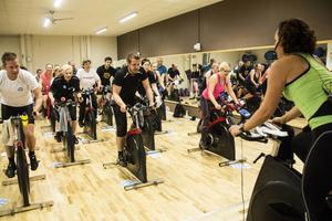 Över 200 Söderhamnare cyklade för välgörenhet