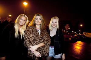 Lisa Arvidsson, Katrin Ekberg och Moa Forsén hade bilat från Göteborg och hoppades att 50 Cent fortfarande såg bra ut.