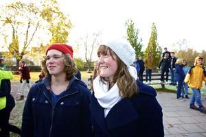 Hugo Erkelius och Alicia Alexandersson niondeklassare på Söderbaumska skolan, tycker att utslagsfrågorna var jättesvåra. Värst var den som handlade om rymdpartiklar.