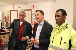 Sven Sandström, biträdande enhetschef på Arbetsmarknadsenheten, Tomas Tobé, Moderaternas partisekreterare och Abdi Nur, Borlänge Energi.