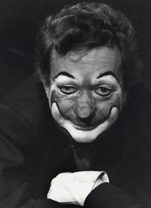 Skådespelaren Ernst-Hugo Järegård som Clownen Jac i Hjalmar Bergmans monolog med samma namn.