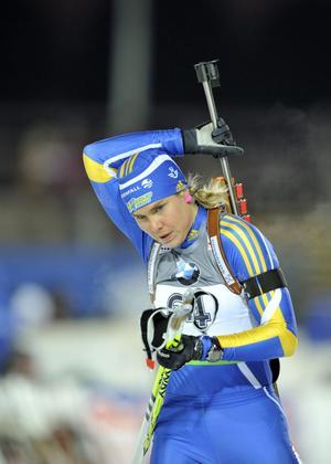 Anna-Karin Strömstedt slog till med karriärens bästa världscuplopp i och med 16:e platsen i Hochfilzens sprint.