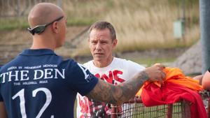 Västanfors tränare Alexander Zinkevitch träffade laget för första gången under måndagen.