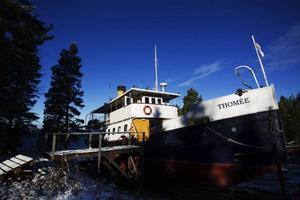 Har du pengar över och en idé om hur du vill driva en ångbåt? Nu har du chansen att köpa Thomée för en okänd summa pengar.