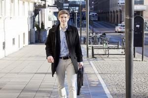 Västeråsaren Björn Söderberg, 17 år, brinner för entreprenörskapet. I dag driver han den ekonomiska föreningen Markit och är dessutom nominerad till Årets affärskreatör. Vinner han titeln får han en studieplats på Handelshögskolan i Stockholm.