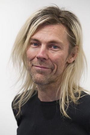 Peter Endahl ställer ut på Galleri Majoo.