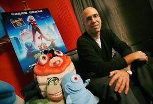 Jeffrey Katzenberg, mogul på filmbolaget Dreamworks, tror att 3D-filmen helt kommer att ta över biomarknaden.