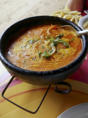 Energitillskott i form av Moqueca, en fiskgryta med kokosmjölk och palmolja.