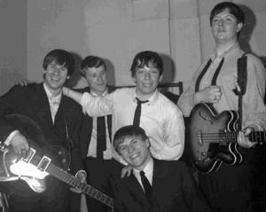 The Animals var stora på 1960-talet. Den här bilden togs 1964. Tvåa från vänster syns trummisen John Steel, som kommer till Säter på lördag. I mitten med vit skjorta står den ursprungliga frontfiguren och sångaren Eric Burdon.