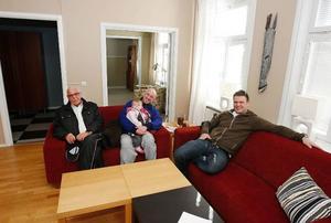 Arne Eliasson, Reijo Andersson, här med dottern Renée och Mikael Blomqvist är med i projektgruppen.