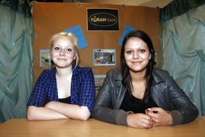 9. Ellen Melin och Nadia Skhiri hade jätteroligt på deras praktikplats på Furans café.
