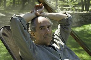 Den amerikanske författaren Philip Roth kan luta sig tillbaka; kampen med att skriva är över. Hans sista roman