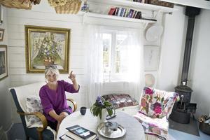Några av möblerna och inredningsprylarna har Anna haft tidigare, annat hittar hon på loppis.