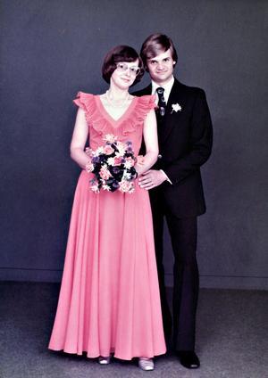 Då Torsten och Inger Sörell gifte sig 24 juni 1977 i Färila kyrka.