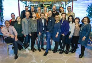 Björn Ulvaeus med ensemblen som ska framföra showen