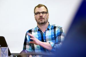 Jonas Lennerthson (S), ordförande för kultur- och fritidsnämnden har gått hopp om att nödvändiga ekonomiska medel skjuts till inför en ny simhall på Lugnet.