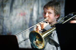 Pontus Nordholm spelar Old Brazil på trombon.