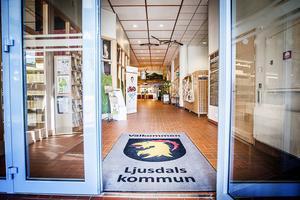 Tre av sju chefer inom kommunens ledningsgrupp har slutat eller ska sluta och nu står det klart att Anna Kjellander, kommunens informationschef ska ta tjänstledigt från och med den 31 augusti.