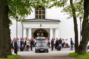 Jakobs kyrka i Hudiksvall var fullsatt vid begravningsgudstjänsten för Tova Moberg.