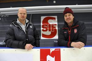 Owe Hedin, Säters kommun, och Tomas Engström, Skedvi/Säters IF, hoppas på mycket folk till isfesten på juldagen då Säters ishall, Kristinehov, fyller 30 år.