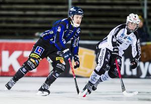 Joonas Peuhkuri gjorde sitt första mål för Sirius, SAIK-junioren Hannes Edlund fick mycket speltid när Patrik Nilsson låg hemma och var sjuk.