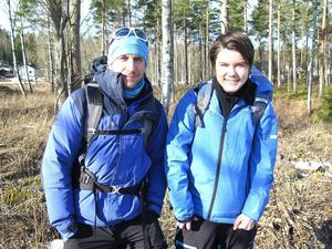 Äventyraren Sören Kjellkvist tog med sig Alexander från Hofors på en spännande tur i Gästrikeskogarna.