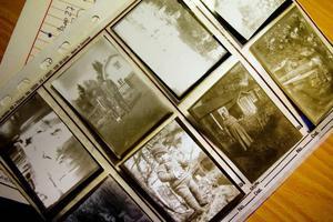 BLANDAT. Motiven på de gamla bilderna är inte det viktigaste – då det är omöjligt att veta vad framtidens forskare är intresserade av. Även länsmuseet driver ett liknande projekt som i Norrsundet.