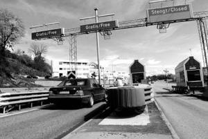 Biltullar minskar trafiken på våra vägar. Kan samma modell användas för att minska köerna i vården?