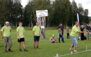 Svenska finnars lagkapten avgjorde finalen. Från vänster Veli-Matti Rautanen, Andreas Viklund, Markus Söderlund och Pentti Söderlund.