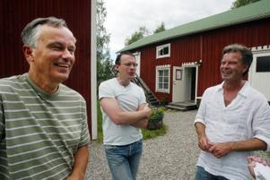 Anders Olsson, Johan Fröst och Olle Persson ser till att de sju sångarna får många tankar om sin sång med sig i bagaget.
