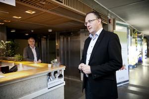 Dyrare sjukresor utreds i Västernorrland. Nu går förslaget ut på remiss.