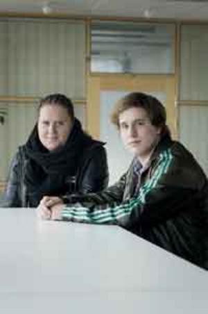 Högstadieelever. Mikaela Nordmark och Markus Ojo